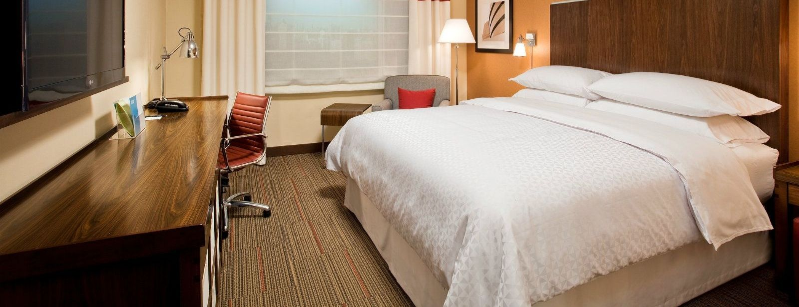 Peoria Accommodations - Accessible Guest Room